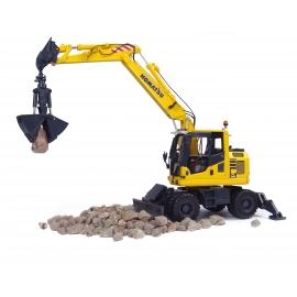Komatsu PW 148-10 Wheeled Excavator Diecast Replica - 1:50 Universal Hobbies